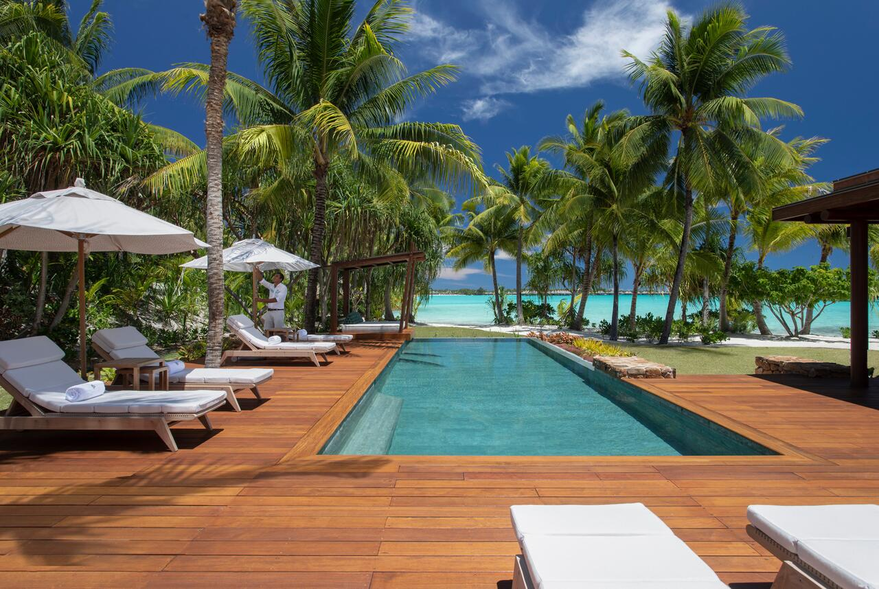 The 7 Most Sustainable Hotels in French Polynesia (Tahiti)