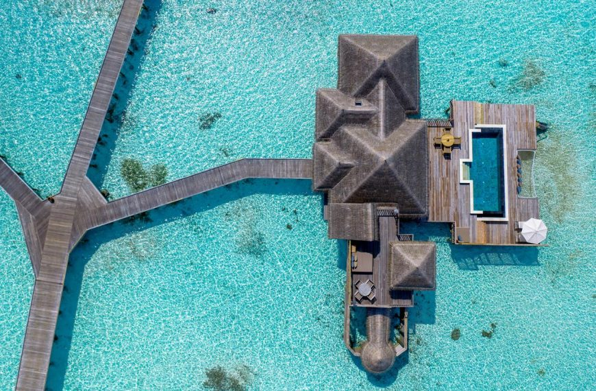 The 15 Best Luxurious Hotels in the Maldives